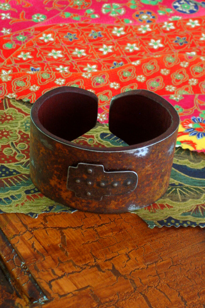 Small Width Cross Ranch Style Cuff