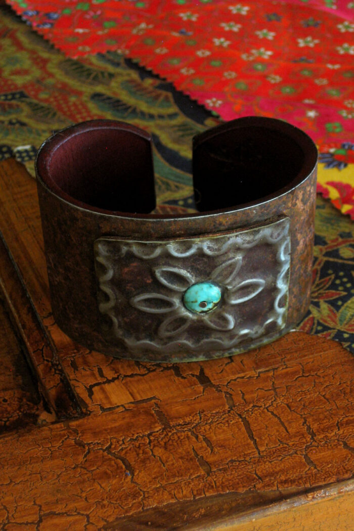 Turquoise Center Square Medallion Ranch Style Cuff